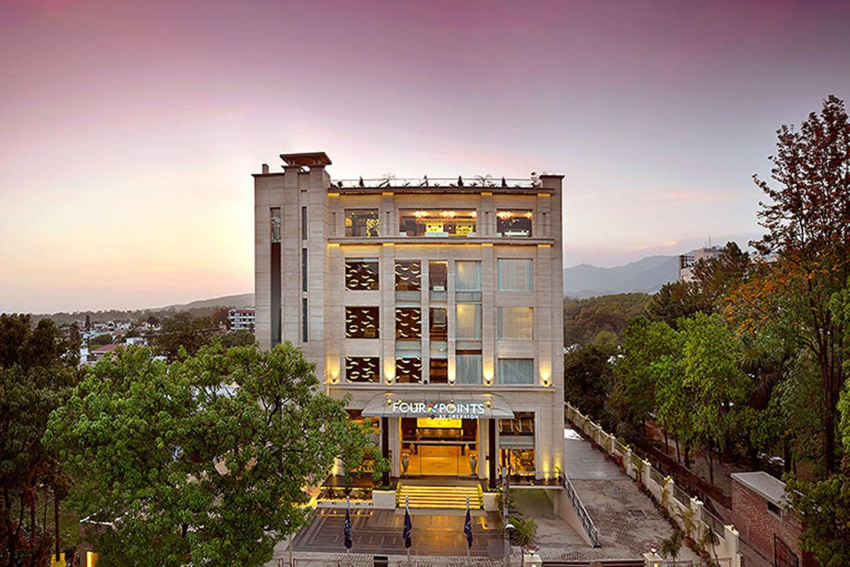 Saffron Hotel Jalna India
